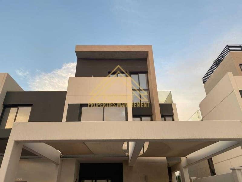 Modern Style  5 BR Villa |High End Finishing