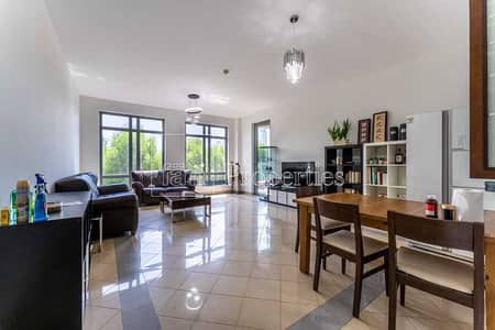 2 Bedroom Flat for Sale in The Views, Dubai - Spacious 2BR Large terrace Splended green views