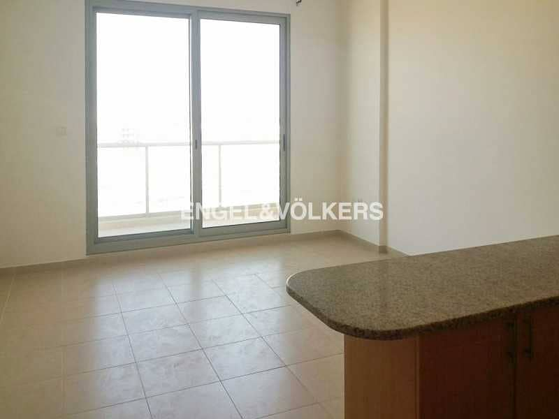 2 Ready to Move In  Spacious   With Balcony