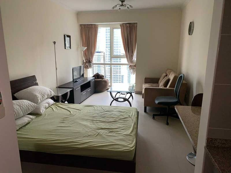 Spacious Studio   Well-maintained   1 Parking