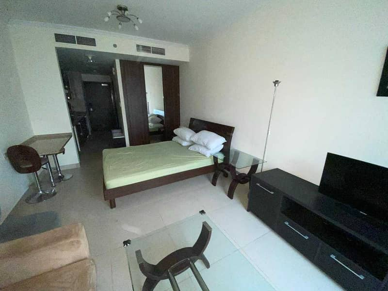 2 Spacious Studio   Well-maintained   1 Parking
