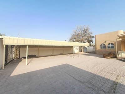 10 Bedroom Villa for Rent in Dasman, Sharjah - villa for rent 10 bedrooms