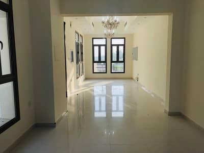 تاون هاوس 3 غرف نوم للايجار في ليوان، دبي - 3 Bed + Mujlis + Store Room 3 Attach Bath /// Private Entrance // Ready to move