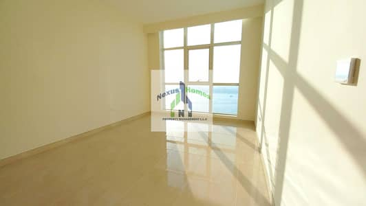شقة 2 غرفة نوم للايجار في الحصن، أبوظبي - Stunning 2BEDS with Full Sea View Top Notch Corniche Community