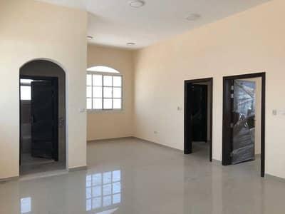 6 Bedroom Villa for Sale in Al Shamkha South, Abu Dhabi - Villa for sale in the southern city of Riyadh