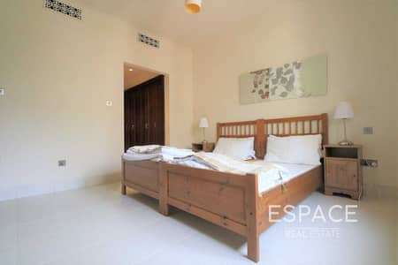 2 Bedroom Apartment for Sale in Old Town, Dubai - Unique Layout | Vacant | Fully Furnished