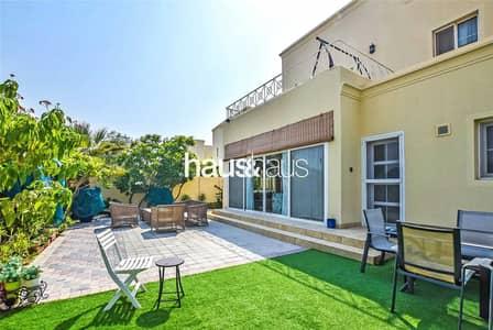فیلا 5 غرف نوم للبيع في البحيرات، دبي - Upgraded | Extended | 5 Bed | Opposite Pool