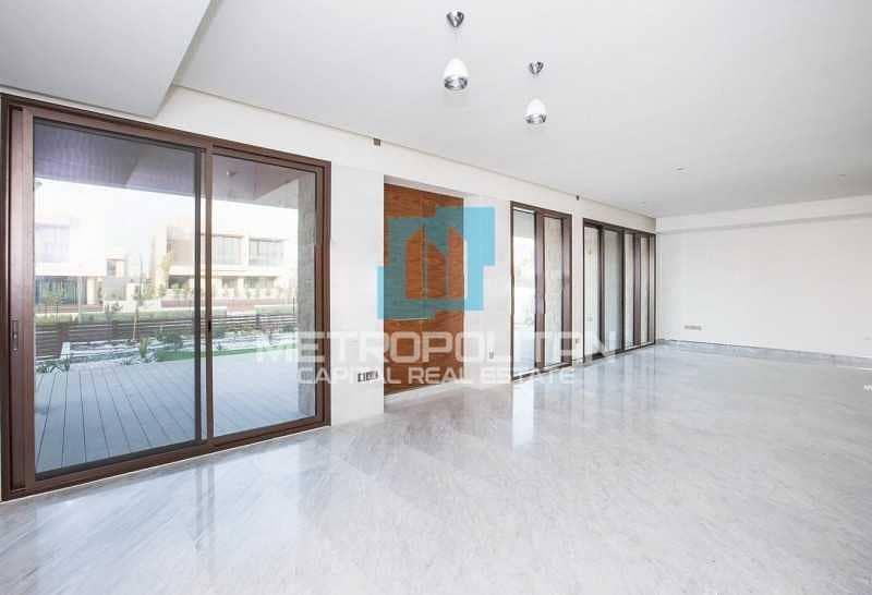 Exquisite Corner Villa| Open Sea View| Rent Refund