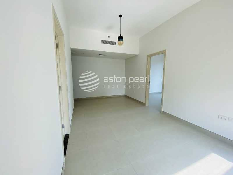 Biggest Layout | 1BR | Closed Kitchen | Pool View