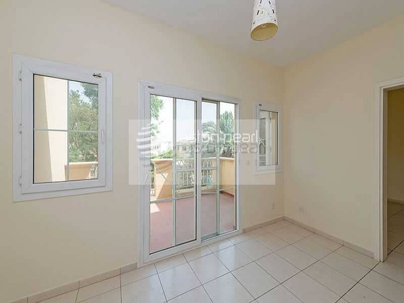 12 Hot Deal   Type 2M   Next to Park and Lake View
