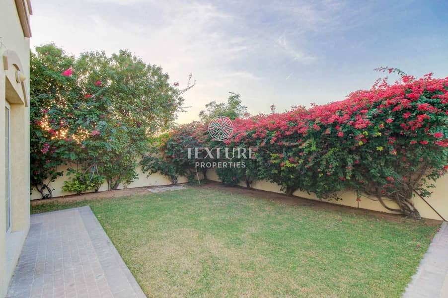 13 Single Row | Close To Park | Immaculate | Good Price