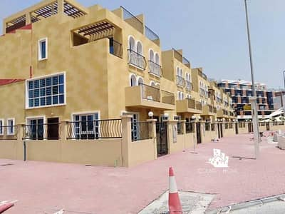 4 Bedroom Townhouse for Rent in Jumeirah Village Circle (JVC), Dubai - Vacant by 1st Week October   Modern 4BR Townhouse