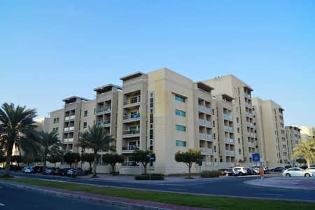 2 Bedroom Apartment for Rent in The Greens, Dubai - FAMILY LIVING GREENS 2BR WITH PARTIAL POOL FOR RENT