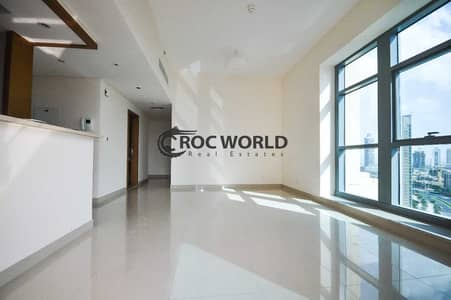 3 Bedroom Flat for Rent in Downtown Dubai, Dubai - Chiller Free   City View   Spacious   One of a King