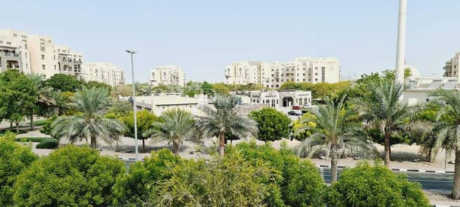 2 Bedroom Flat for Sale in Remraam, Dubai - LARGE SIZE| FACING COMMUNITY | VACANT UNIT