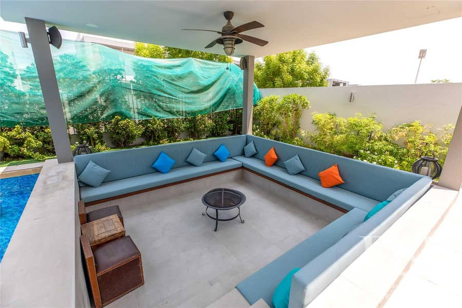 2 Exclusive   Extended   Private Pool   E5
