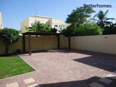 فیلا 4 غرف نوم للايجار في السهول، دبي - Upgraded   Large Plot   Great Location  Maids Room