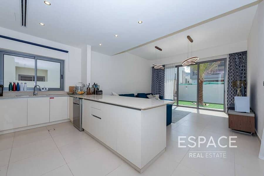 2 Viewable In Good Location Type E1 | Rented