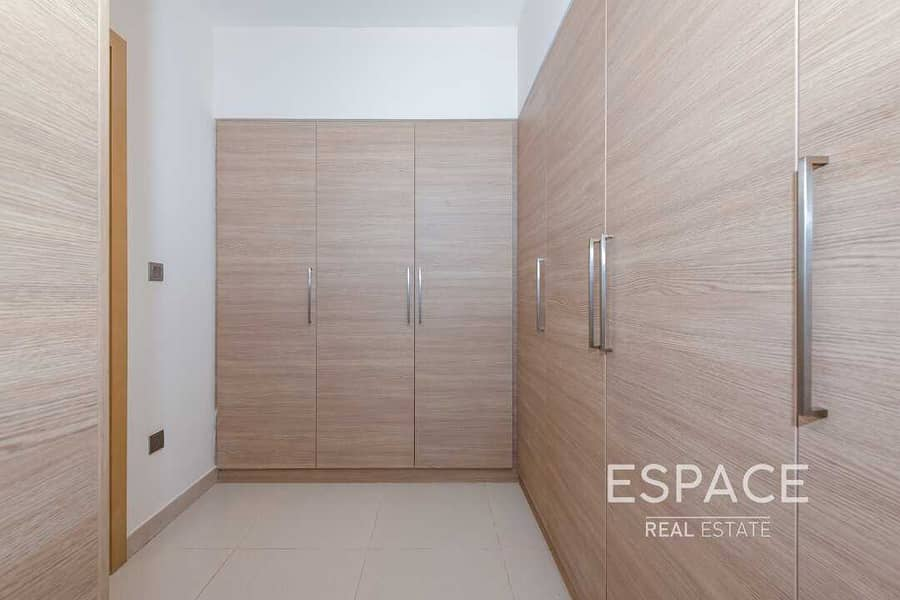 13 Viewable In Good Location Type E1 | Rented