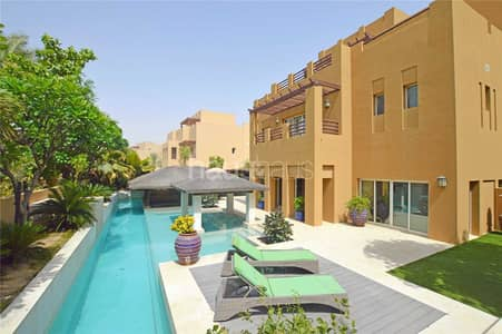 5 Bedroom Villa for Sale in Arabian Ranches, Dubai - Upgraded | Amazing Garden | Internal Location