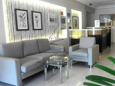 استوديو  للايجار في قرية جميرا الدائرية، دبي - Well Maintained  Studio Apt   Equipped Kitchen   Roof top Seating Area