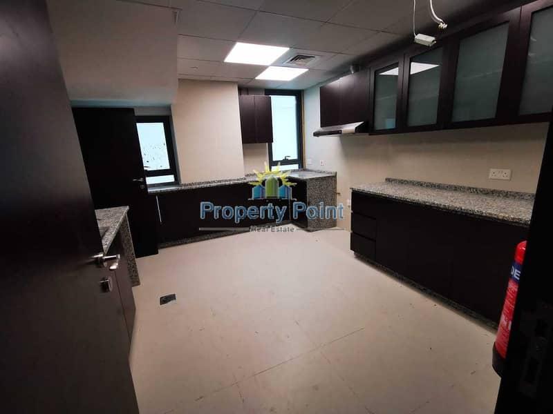 2 Brand New | Sea View | Fabulous 3-bedroom Duplex Unit | Maids Rm | Parking and Facilities | Al Raha Beach