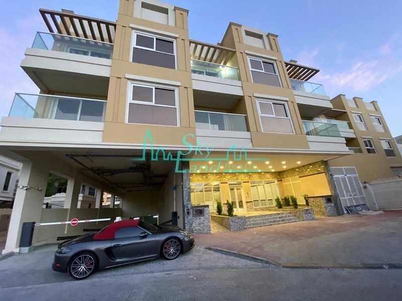 Brand New Low Rise Building in Umm Suqeim 2