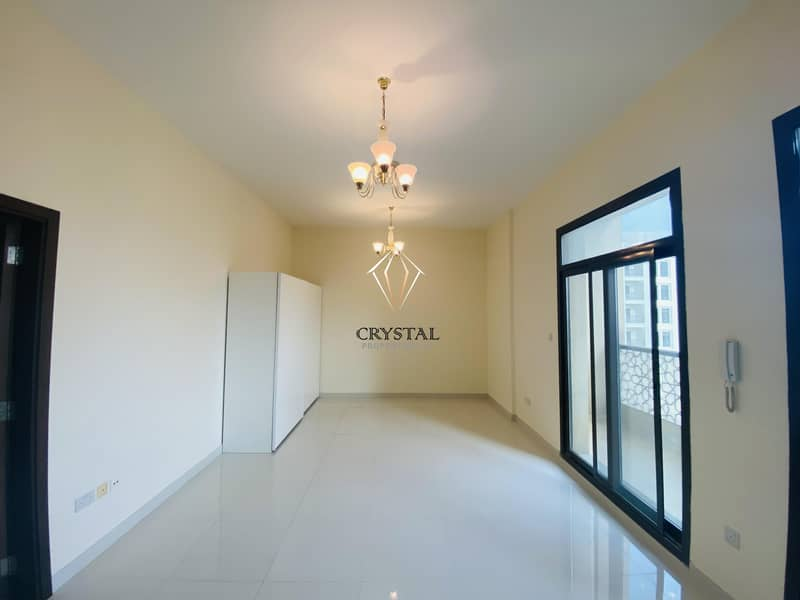 Lovely Studio Apt with  Balcony   Culture Village