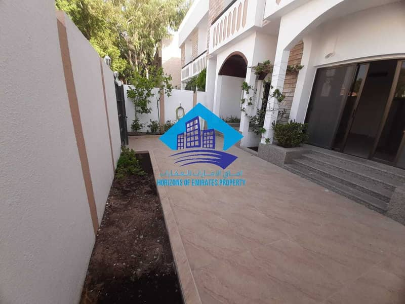 2 Excellent deal in Karama with driver room and elevator