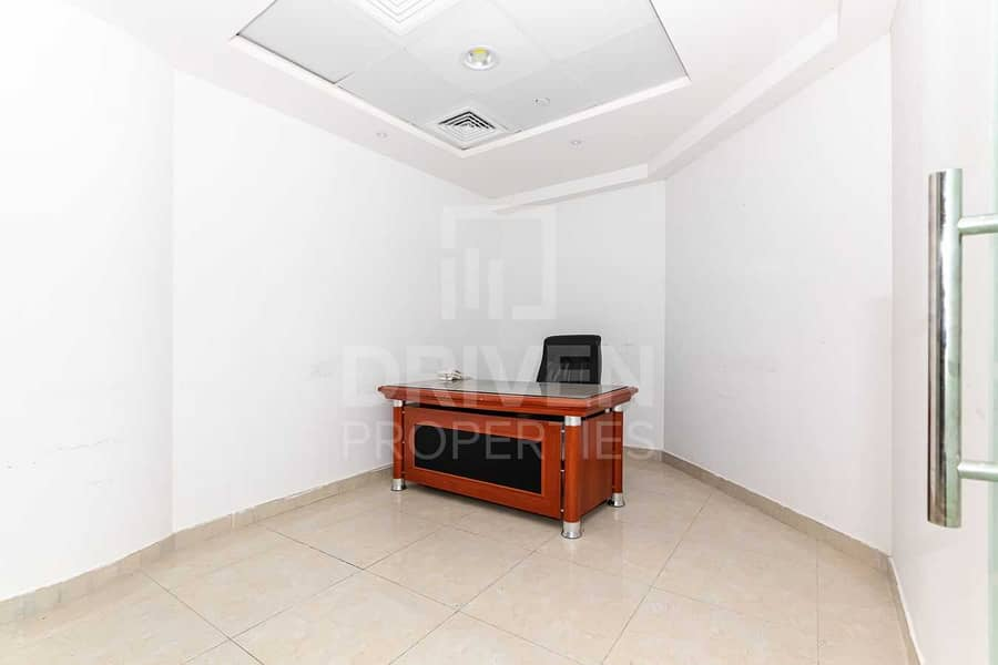 2 Huge Office and Well-kept | Best Location
