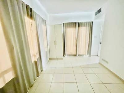 فیلا 2 غرفة نوم للايجار في الينابيع، دبي - فیلا في الينابيع 10 الينابيع 2 غرف 100000 درهم - 5334924