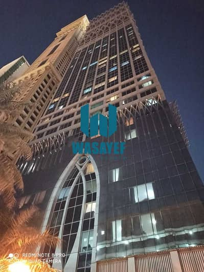 1 Bedroom Flat for Rent in Sheikh Zayed Road, Dubai - luxury 1Bhk +2bath+dewa free+chileer free+1month free near emirates towers. .