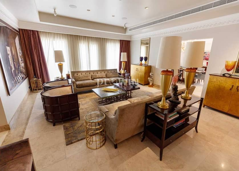 Fancy & Magnificent Furnished 5 Bedrooms Villa In The Meadows|Live The Luxury As It Meant To Be!!!
