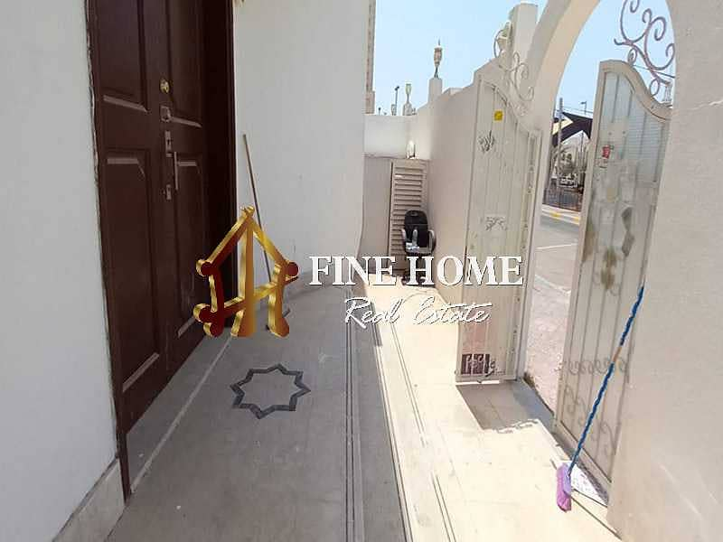 26 Call Now ! Spacious independent 5 BR. villa