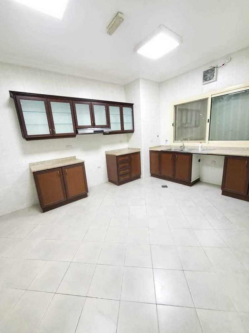 شقة في المنطقة 5 مدينة محمد بن زايد 2 غرف 64999 درهم - 5335281