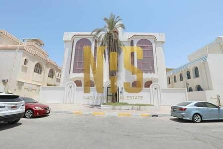 مبنى سكني  للبيع في المشرف، أبوظبي - بناية سكنية  6 شقق | كل شقة 3 غرف نوم .