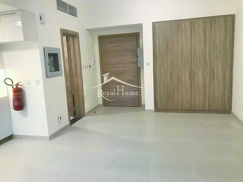 2 Spacious Studio   Excellent Finishing   Available  