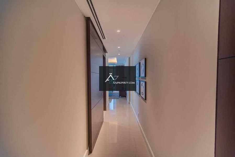 2 1BR Unit in Downtown Facing Burj & Fountain View !