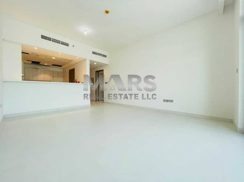 Best Deal||1Br At Prime Location||||Sea Facing apartment