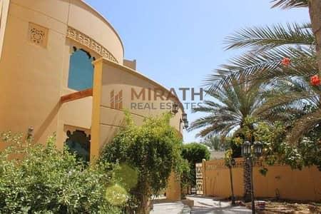 فیلا 6 غرف نوم للايجار في جميرا، دبي - Classic Villa with Private Pool & Garden