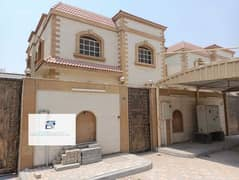 Commercial villa for rent direct on the road very nice location