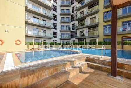 استوديو  للايجار في الفرجان، دبي - Pool  View|Cozy|Fully Furnished|Neat & Clean