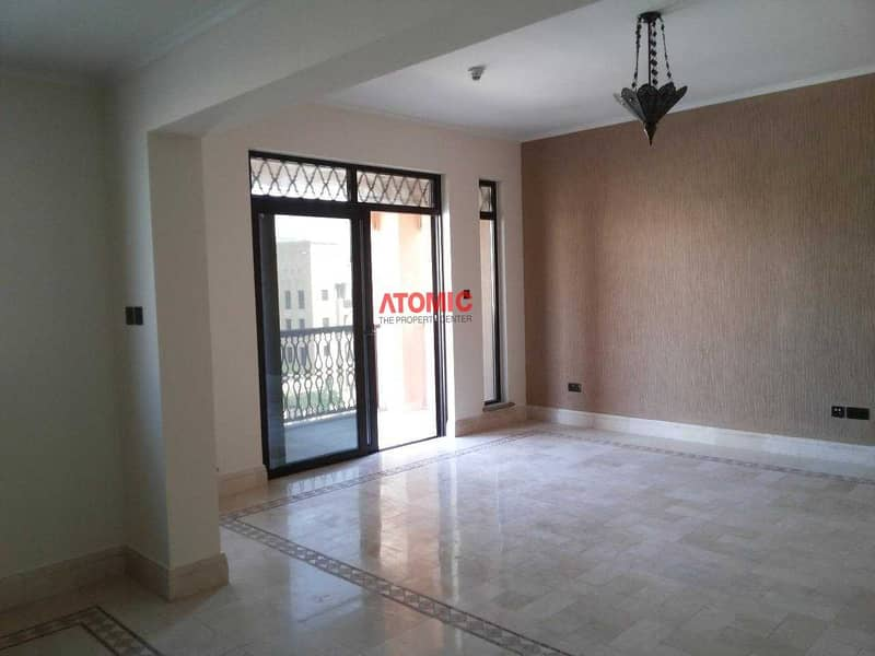 12 Old Town I 2BR I Partial Burj View