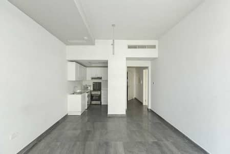 1 Bedroom Flat for Sale in Dubai Silicon Oasis, Dubai - Spacious One Bedroom With Semi Close Kitchen | Balcony |