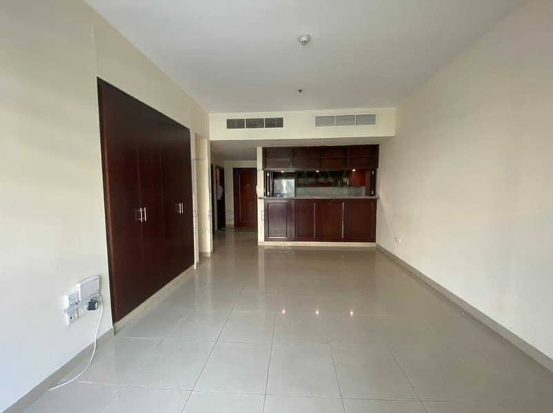 2 Greens Arno 1 bedroom for rent for 55 k 4 cheques