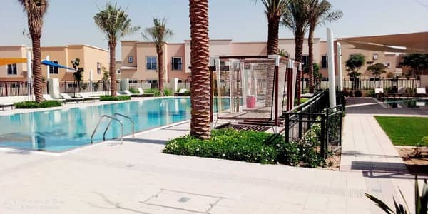 3 Bedroom Townhouse for Rent in Dubailand, Dubai - Single Row 3BHK On Park | | Multiple Options | Excellent Location