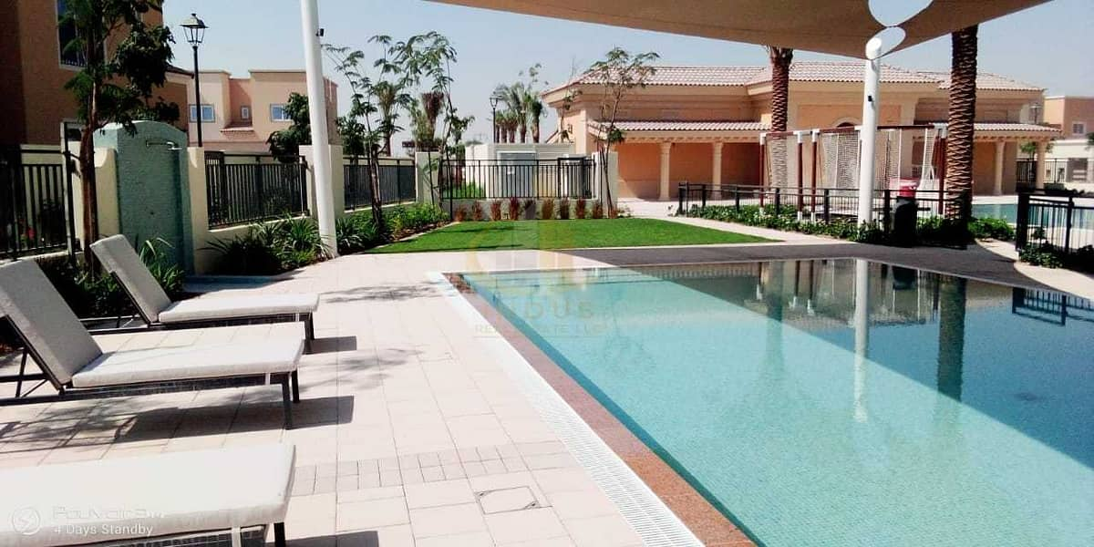 2 Single Row 3BHK On Park | | Multiple Options | Excellent Location