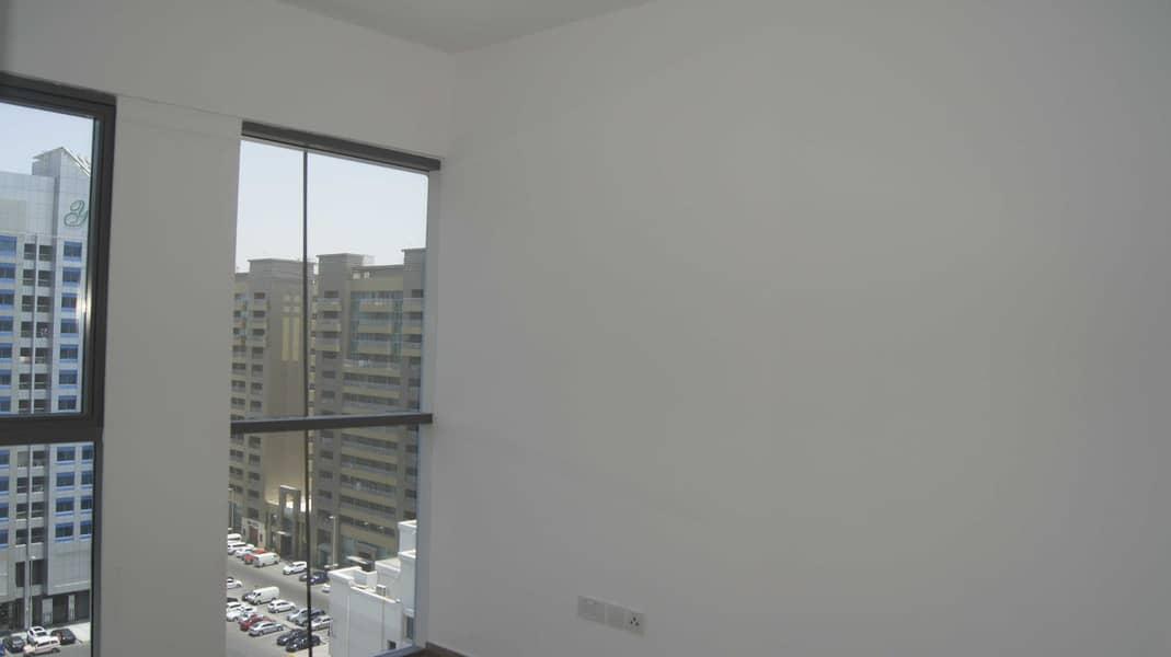 شقة في برج كريستال الخالدية 2 غرف 75000 درهم - 5337540