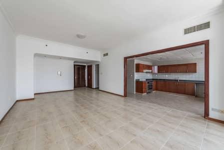 شقة 2 غرفة نوم للايجار في أبراج بحيرات الجميرا، دبي - Incredible Deal 2 BR in JLT | Near to Metro