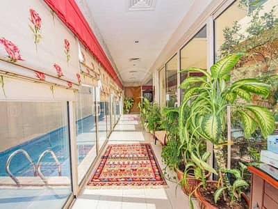 5 Bedroom Apartment for Rent in Al Raha Gardens, Abu Dhabi - Impressive family home with private pool
